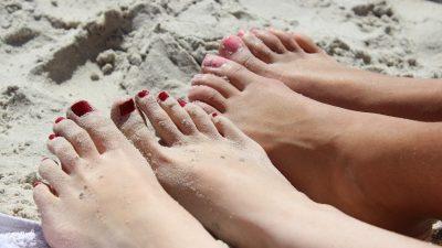 Ayak Parmaklarındaki Hissizlik Nasıl Giderilir Uyuşma Nedenleri?