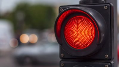 Kırmızı Işıkta Geçme Cezası Ne Kadar? 2021 Kırmızı Işık İhlali Cezası